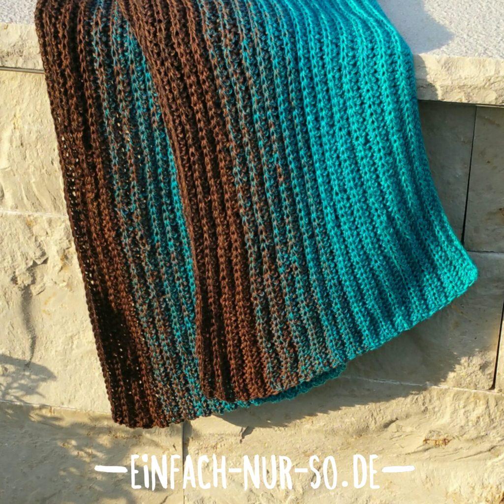 Langer Schal Patentmuster